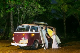 Beach Wedding in Dominical Costa Rica - Photography by John Williamson
