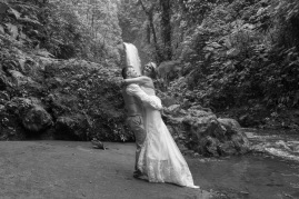 bw-John Williamson Destination Wedding Photography at La Paz Waterfall Garden